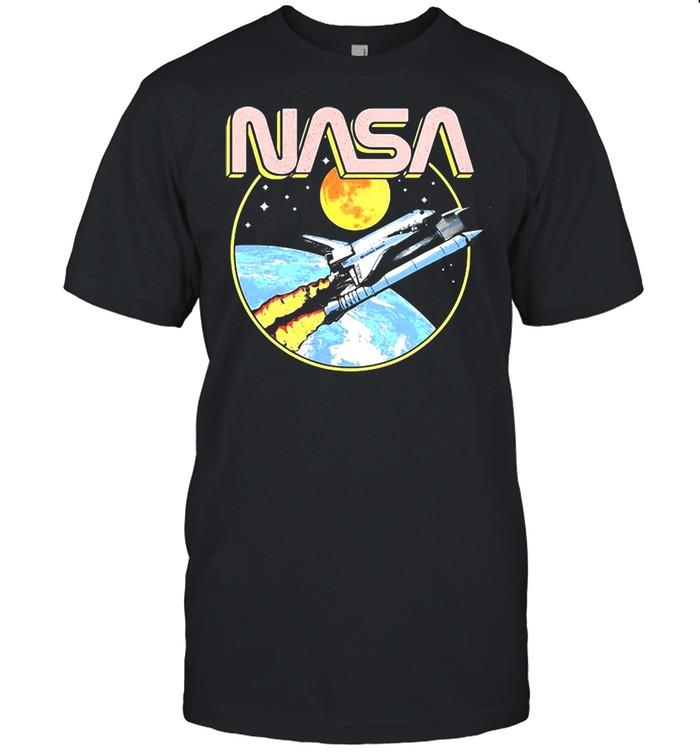 Nasa Retro Shuttle Over The Earth T-shirt
